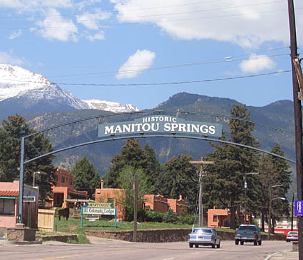 manitou springs colorado creative small towns