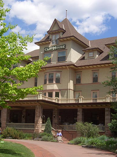 The Cliff House Inn in Manitou Springs, Colorado